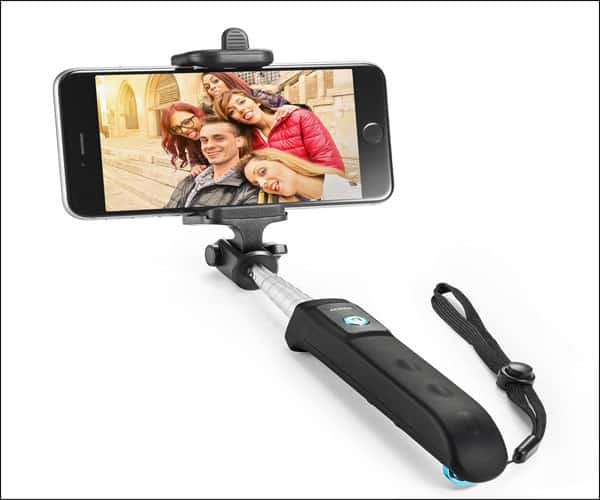 Anker Extendable Bluetooth Monopod with Built-in Remote Shutter for iPhone