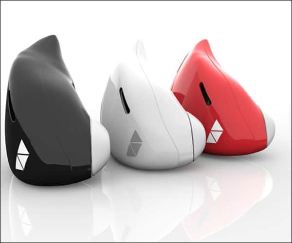 Pilot Smart Language Translator Earpiece Design