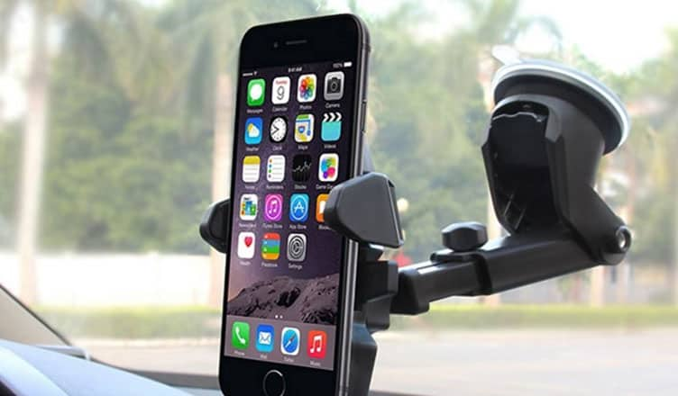 sports shoes bb6d2 9b076 10 Best iPhone 7and 7 Plus Car Mounts : Car Holders For Easy Accesss