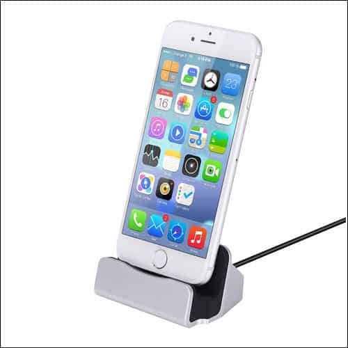 GHB iPhone 7 or 7 Plus Charging Dock