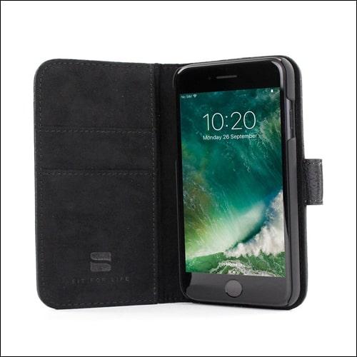 Snugg iPhone 7 Plus Flip Case