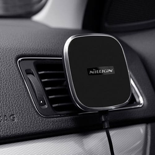 Nilkin iPhone 8, 8 Plus and iPhone X Car Charger