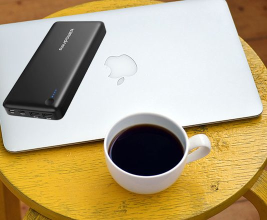 Best USB C Power Banks for MacBook Pro and MacBook Air