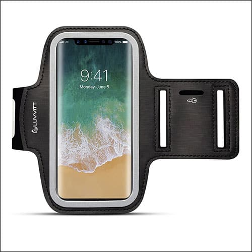 separation shoes 7be60 428c8 7 Best iPhone X Armbands: Workout Cases for Runners