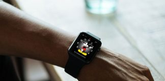 How to Remove Red Dot from Apple Watch