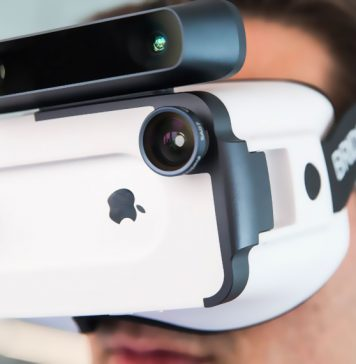 Best VR Headsets for iPhone XS, XS Max and XR