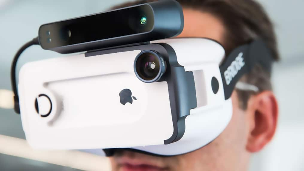 Top 8 Vr Headsets For Iphone Xs Xs Max And Xr Smartphone Video Entertainment Doesn T Get Any Better